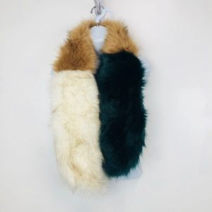 14th and Union Faux Fur Scarf